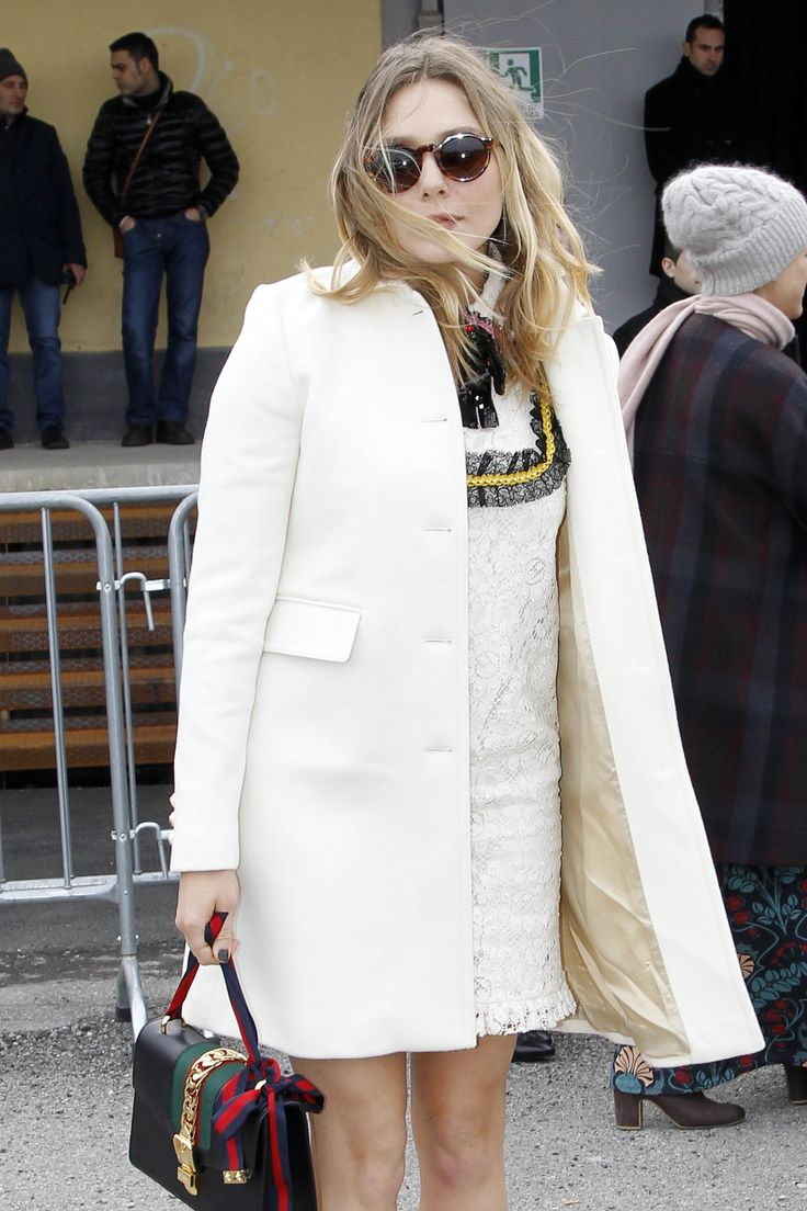 Elizabeth Olsen Arrives At The Gucci Show During Milan Fashion Week Fall Winter 2016 17 On