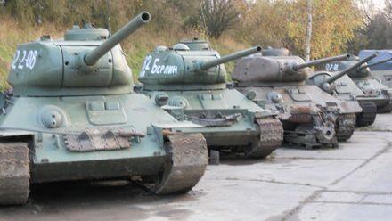 Vojenské Muzeum na demarkační linii v Rokycanech expozice historických válečných tanků.