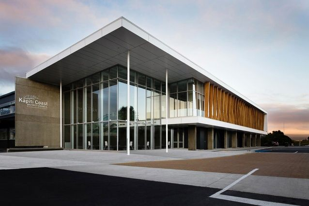Kapiti Coast District Council Administration Building by Designgroup Stapleton Elliott was a winner in the Commercial Architecture category.
