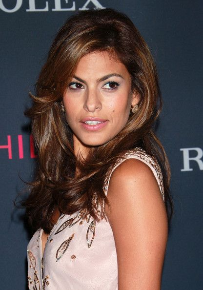 Eva Mendes.....I wish I could get my hair to look like hers!