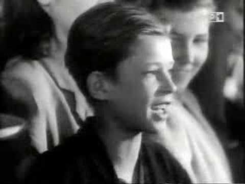 POLEN ▶ zakazane piosenki - piosenka w tramwaju - YouTube