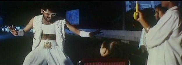 Samba samba | Love birds [1996] - http://www.tamilsonglyrics.org/samba-samba-lyrics-love-birds/ - Samba samba song lyrics Love birds tamil movie. Samba samba song sung by Aslam Mustafa. Samba samba lyrics written by vairamuthu..  Song Details of Samba samba from Love birds tamil movie:     Movie Music Lyricist Singer(s) Year   Love birds A. R. Rahman Vairamuthu Aslam Mustafa 1996     Samba... - #1996, #A.R.Rahman, #AslamMustafa, #Lovebirds, #Vairamuthu - Tamil Movies Songs Ly