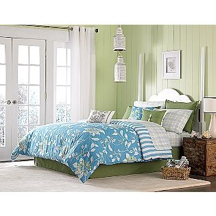 beautiful print! and in such fresh spring colors... if only I had a cottage...