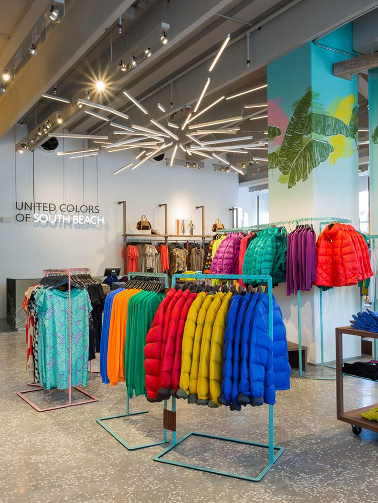 Top 25 ideas about av ideas benetton shop on pinterest for Benetton usa online shop