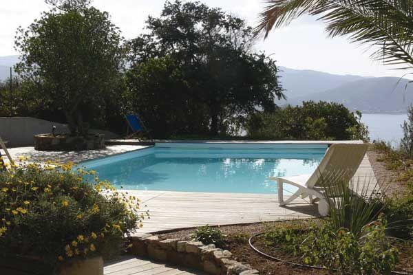 Les 25 meilleures id es de la cat gorie piscine coque sur - Entretien piscine coque polyester ...