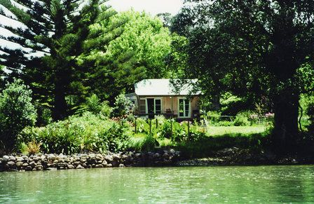 Purangi Garden Accommodation in Hahei offers a variety of options, including a yurt. Set on a 12-acre orchard, guests enjoy complimentary homegrown fruit. http://www.aatravel.co.nz/main/listing.php?listingId=252877