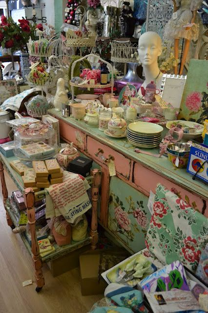 French Blue and Peachy Pink: The Hunt For All Things Pretty Continues ~ love the pink and aqua dresser