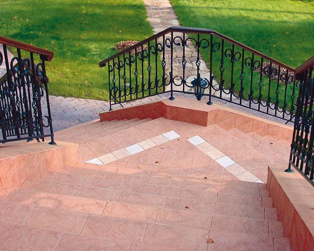 Cerchi un pavimento per le tue scale di ingresso al for Casa della piastrella firenze
