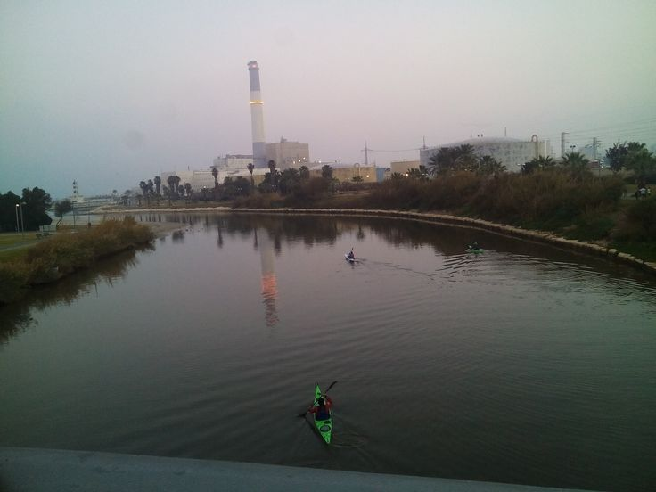 Ha-Yarkon river (Tel-Aviv, Israel), January 14, 2016. A view from the love padlock bridge, at 6 AM