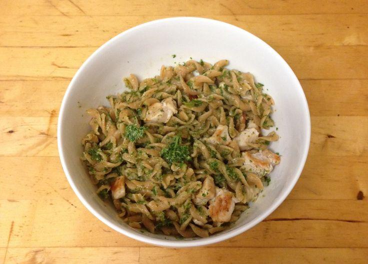 Kale pesto pasta with chicken. www.fixingwithfood.com #fixingwithfood #iqs #fodmaps #lowfodmap #glutenfree #wellness #healthyeats #kale