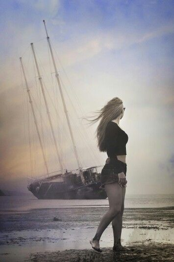 Shipwreck in whitsundays