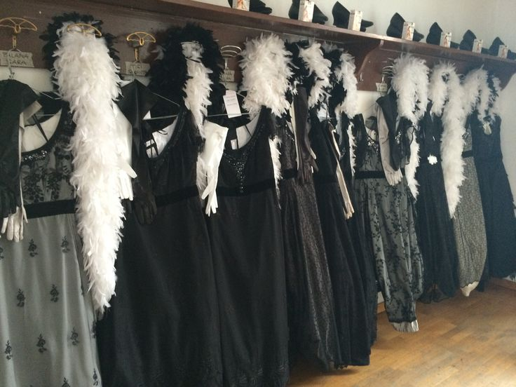 Costumes for Adriana Lecouvreur on stage October, 16 and 18.