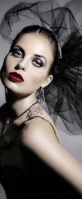 Lady in Black: Mesmerising. ..