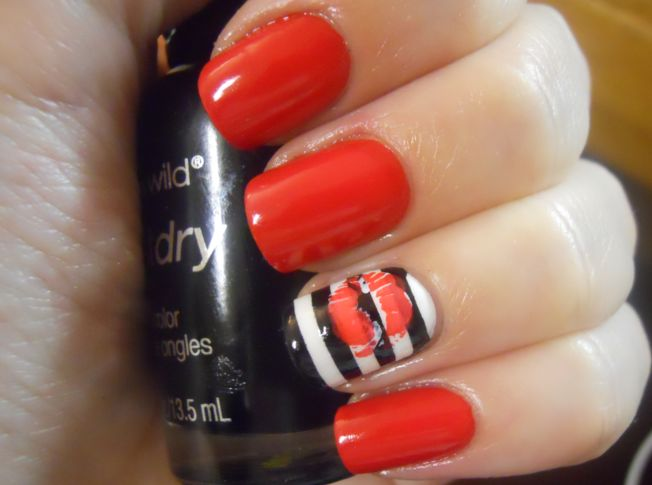 Red Kiss Nails.