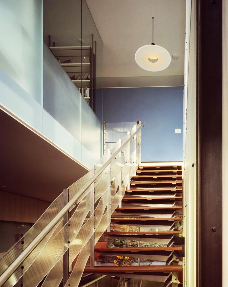 Architecture, Amusing Staircase Design Of 1532 House Which Is Made From Light Brown Wooden Material And Silver Stainless Handrail: Fantastic Vertical House Design Ideas with Bridge and Glass Walls