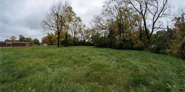 PRIME COMMERCIAL PIECE OF LAND AVAILABLE ON MICHIGAN AVENUE. LAND CONTRACT TERMS AVAILABLE!