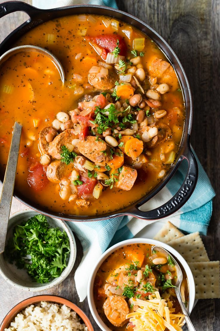 A giant pot of comfort food is how I'd describe this white bean chili, with a slight spicy kick to keep up the heat! Loaded with beans and vegetarian chorizo sausage, it's the perfect game day food!