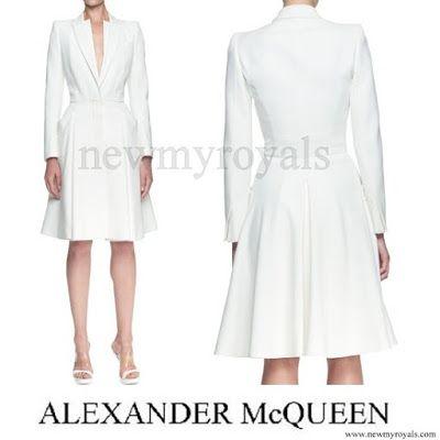 Alexander McQueen Double Layer Lapel Coat Dress
