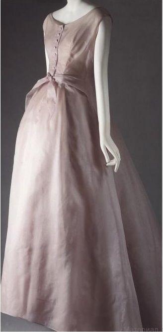 1954 Dior dress 'Nuit de Rêve '
