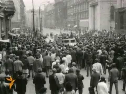 1968 - Czechoslovakia - Soviet Invasion Veru, aj to patri do mojho detstva...