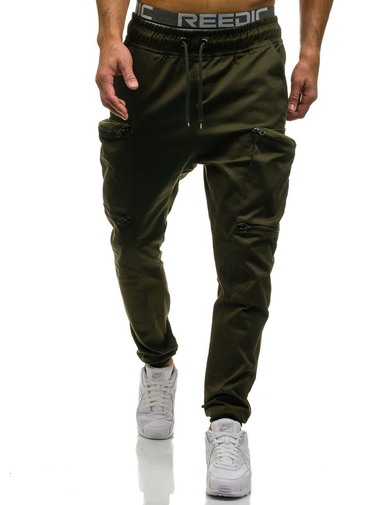 Green men's cotton trousers Manufactured for Bolf by Athletic The model (182 cm, 82 kg) is wearing size XL Fabric: 100% Cotton