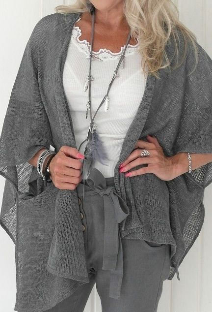 BYPIAS Kimono styled hand made linen knit / @bypiaslifestyle www.bypias.com