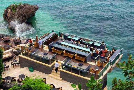 The Best for the Adventurer: Rock Bar – Ayana Resorts and Spa, Bali