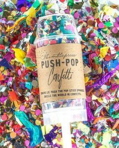 Some people throw flower petals, some bird seed. Why not throw glitter confetti! +19 awesome glitter ideas for glam brides