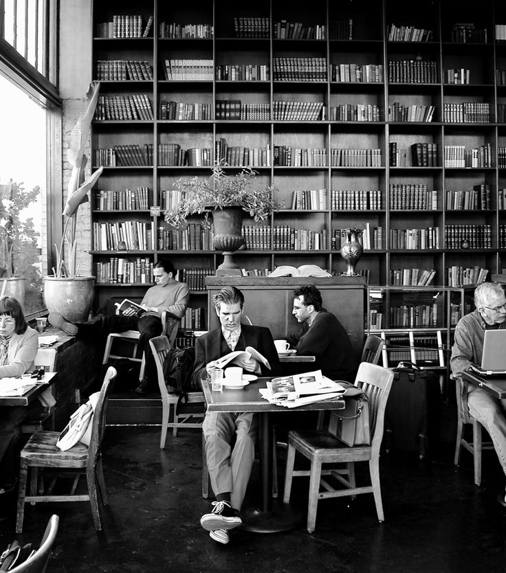 Bauhaus book & coffee shop in Seattle, a gathering of solitudes