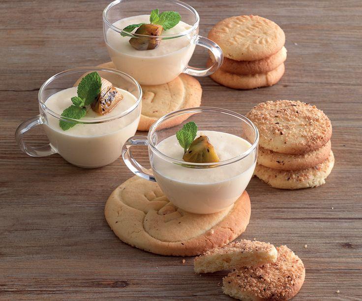Ricetta Mousse alla vaniglia con biscotti - La Cucina Italiana: ricette, news, chef, storie in cucina