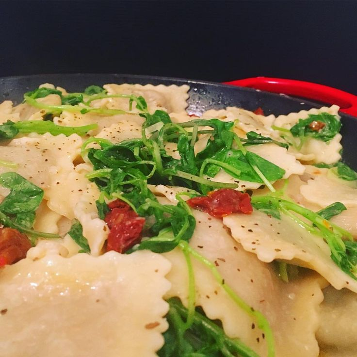 Love my pasta - and these pillows of smashed peas and fill are deliciousness #pasta #ravioli #italianfood