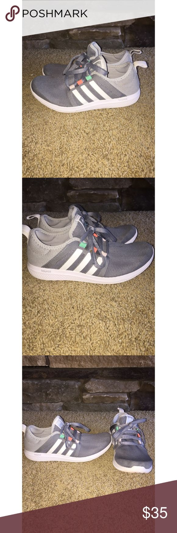 Adidas Bounce Used Adidas Bounce sneakers size 6! Gently worn sneakers showing minimal wear! Just washed in the washer to removal any dirt and they have no smell! Great shoes with lots of wear left in them! Shoes are light grey, dark grey, and white! adidas Shoes Athletic Shoes