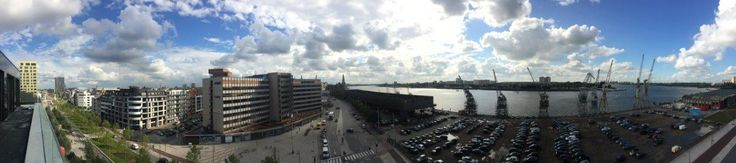 This is Antwerp! Het uitzicht vanaf Melopee, een gebouw op 't Eilandje waar wij ramen en deuren plaatsten.