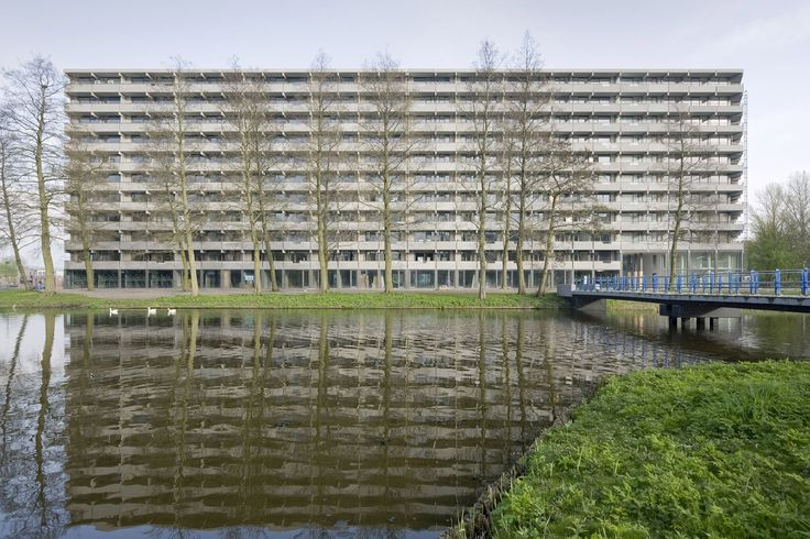 Mies van der Rohe Award 2017 goes to NL Architects and XVW Architectuur for revamp of 1960s slab block