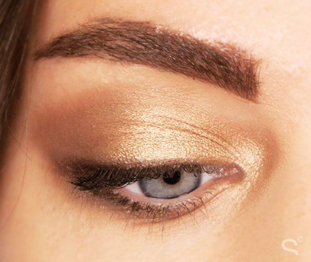 THE GOLD AND THE BEAUTIFUL VIA All the Smoky Looks We Created Using the New Naked Palette | Beauty High