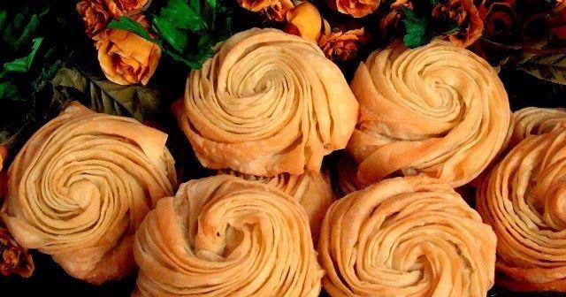 Gonca gül börek tarifi Gonca gül börek nasıl yapılır Hazır yufkadan börek tarifi   Hazır yufka ile yapılabilecek börekler arasın...