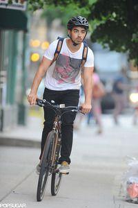 ロードサイクリングのヒント。自転車エクササイズのメリットとは。