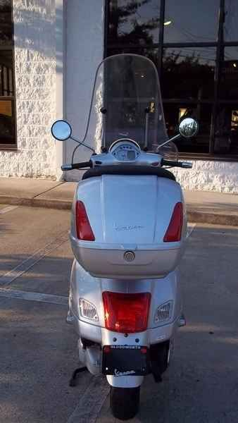 Used 2007 Vespa GTS 250 Motorcycles For Sale in Tennessee,TN. 2007 Vespa GTS 250, New Used Vespa GTS250 in Silver. Only 3,525 miles. Scooter includes matching Top Case & Tall Windscreen! Call NOW 615.321.3311