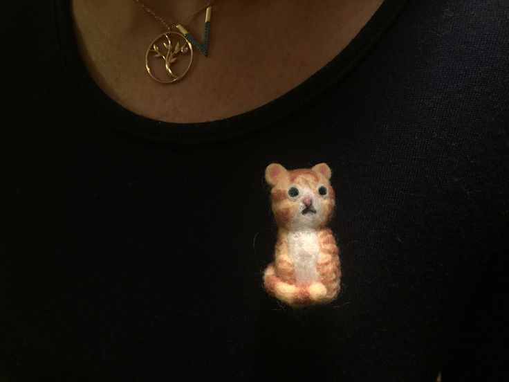 Needle felt brooch by @catchafelt on instagram.