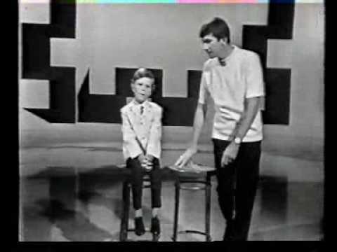 Warren Williams & son Warren (junior).wmv - YouTube