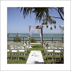 Your Sunshine Coast Wedding Stylist & Coordinator will help you establish a style and theme, color palette, and help you find the perfect wedding ceremony location to reflect the vision of your wedding. Simple, Stunning and Lavish Wedding Ceremony Ideas to Help You Create the Wedding of Your Dreams http://www.circleofloveweddings.com.au/sunshine-coast-weddings/ sue@circleofloveweddings.com.au