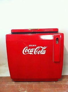 decoración vintage, antiguitats-baraturantic: nevera coca cola de los 60's