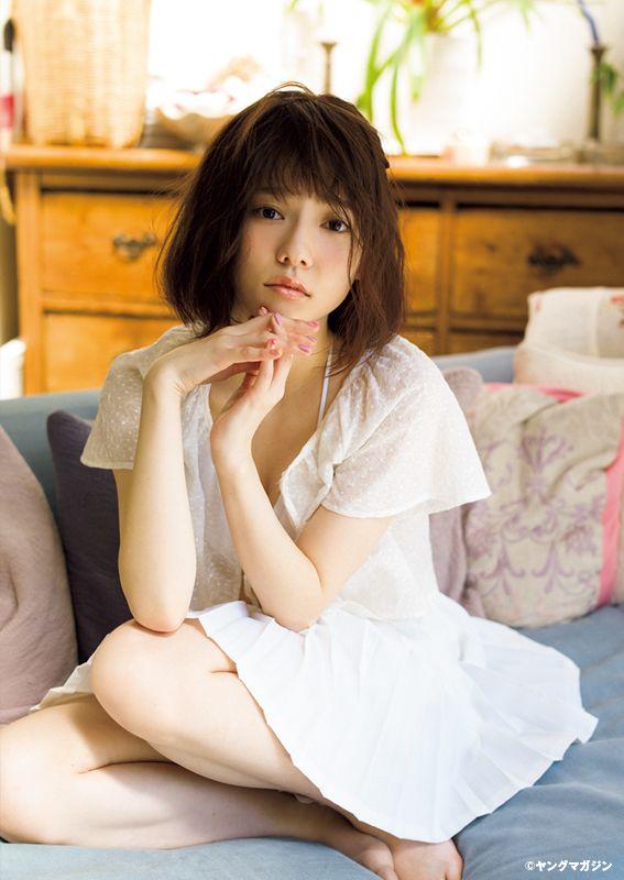 passion-nippones:  Haruka Shimazaki :http://passion-nippones.eklablog.net/session-idol-soft-young-magazine-2015-n-24-haruka-shimazaki-rurika-yok-a117602734