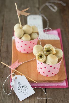 finger food olives, olive in crosta, party