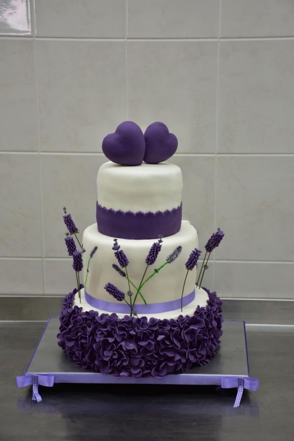 Wedding cake lavander by Power Of Sugar