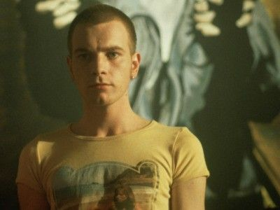 Mcgregor in Trainspotting. Old but oh so good!