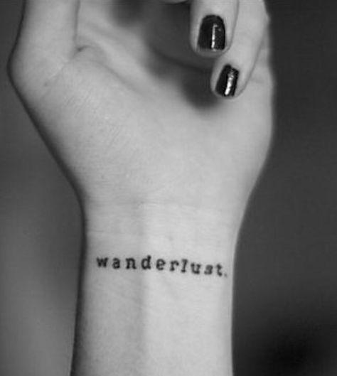 20 ideias de tatuagens simples e discretas | Laís Schulz Tatuagem discreta no pulso - Wanderlust, para quem curte viajar