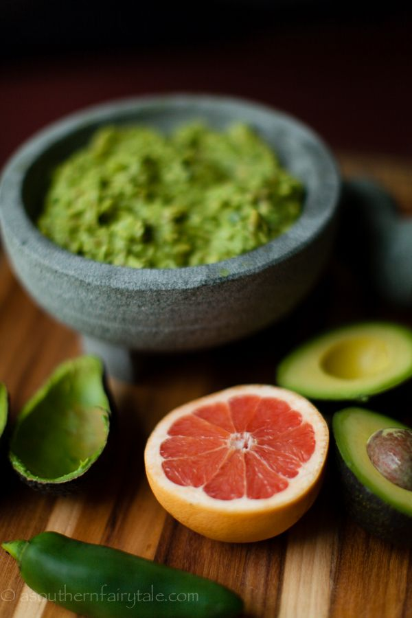 Do something different with your guacamole this weekend - Sweet Pink Grapefruit Guacamole
