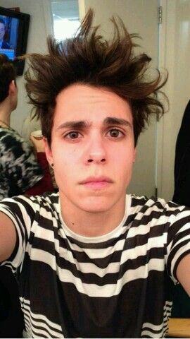 Thomas Augusto. CRAZY HAIR DAY!