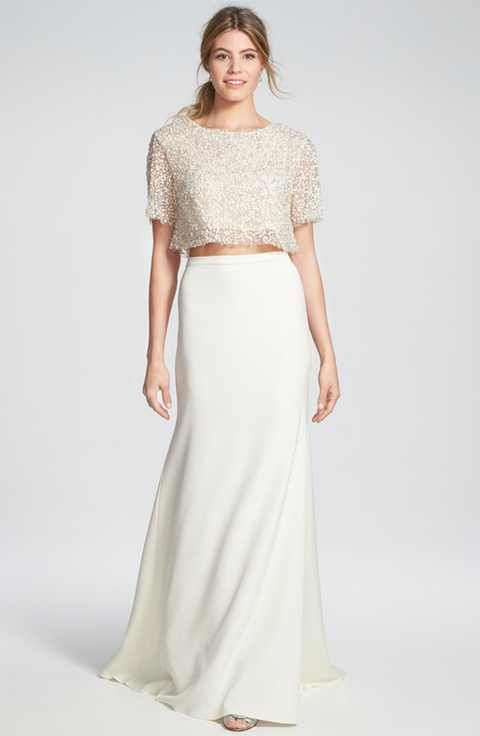 Sarah Seven 'Delancy' Crop Top & 'Utopia' Crepe Trumpet Skirt